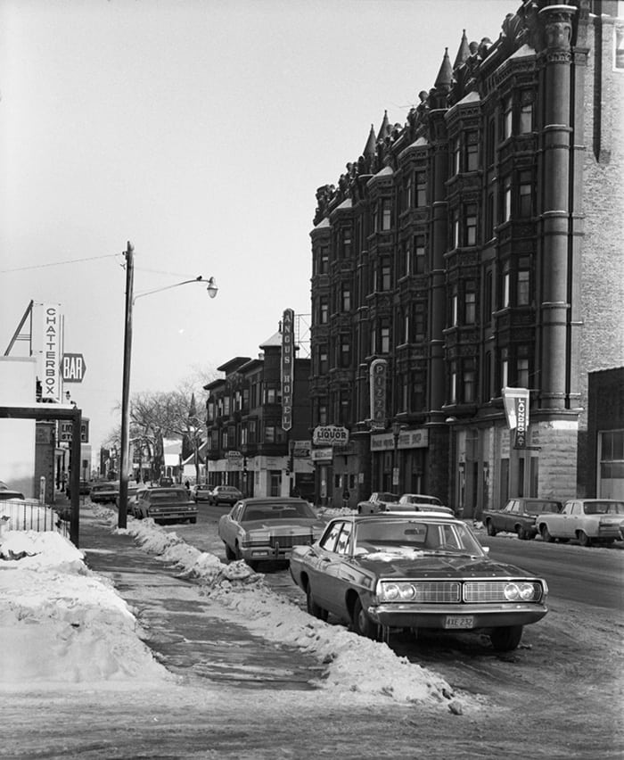 © Clifford M. Renshaw/Minnesota Historical SocietyThe Angus Hotel at 165 North Western Avenue, 1971.