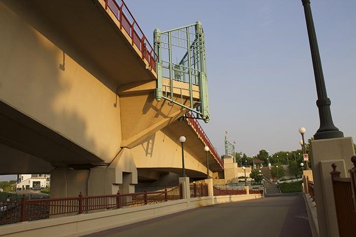 under-the-robert-street-bridge