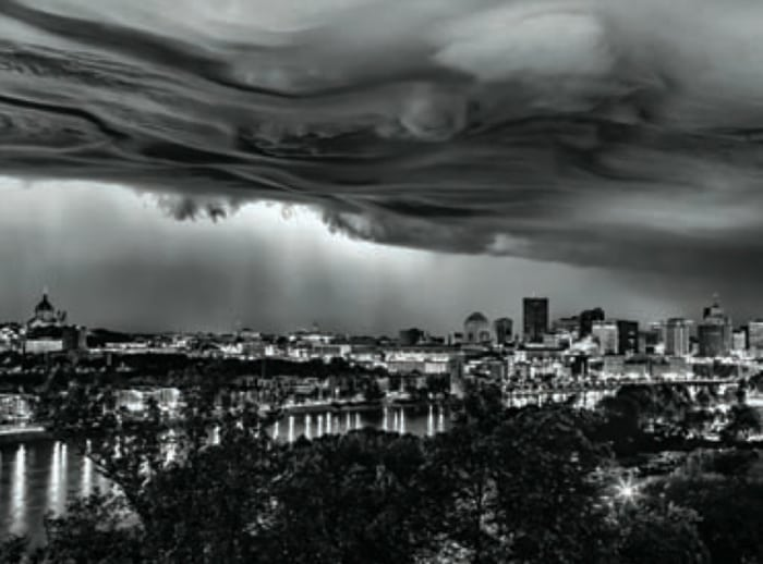 © Chris Emeott/EmeottPhoto.comSummer storm above Saint Paul, as seen from the High Bridge